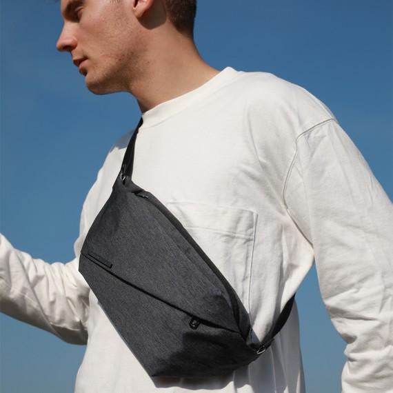 Radiant R0 | 輕巧型 多機能胸包 - 牛仔藍