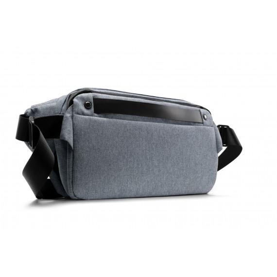 76折 | R0 PLUS 行動機能單肩包-迷霧藍